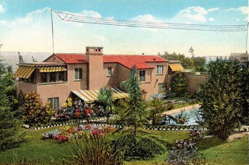 """""""Picture postcard view of the back of silent-film star Wallace Reid's home at De Longpre and Sweetzer avenues in Hacienda Park -- as seen from tourist buses on Sunset"""